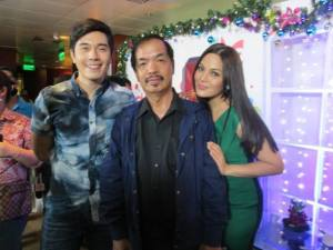"""Pablo Tariman with KC Concepcion and Paulo Avelino during presscon for """"Exchange Gift."""" Out of the blue, love and compassion in local teleseryes"""